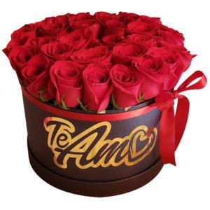 Rosas rojas en caja Negra deluxe
