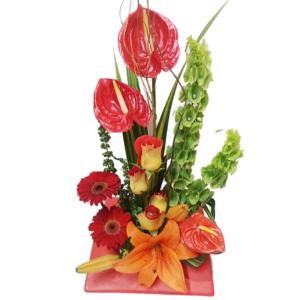Arreglo floral mixto rojo