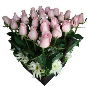 Caja de rosas rosadas con 25 piezas
