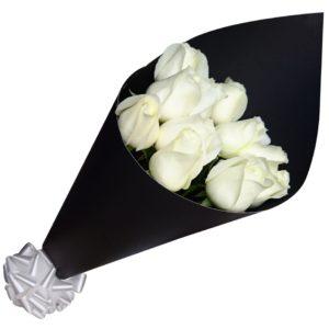 Ramo de rosas  blancas 12 piezas
