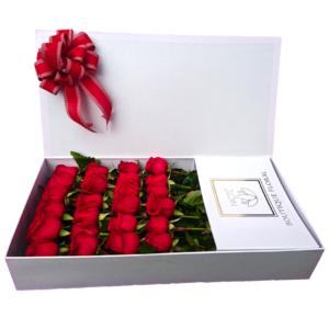 Caja de rosas blanca 24 piezas