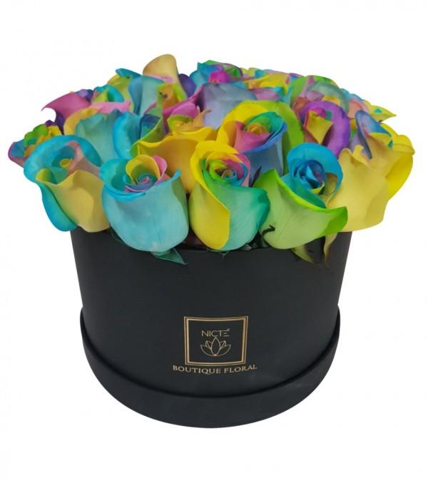 Rosas en caja de colores