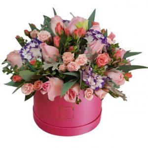 Pink box de rosas y minirosas