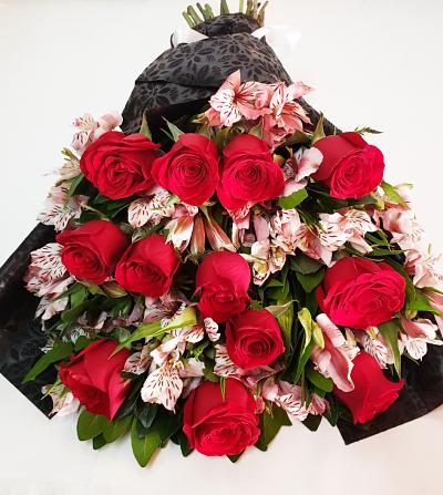 Ramo de rosas rojas 12 piezas