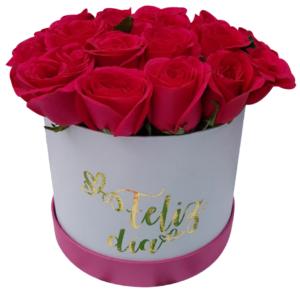 Caja de flores tapa fucsia «Feliz Día»