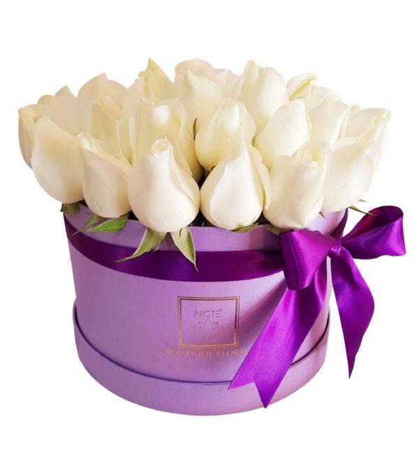 Caja de rosas blancas luxury rosa