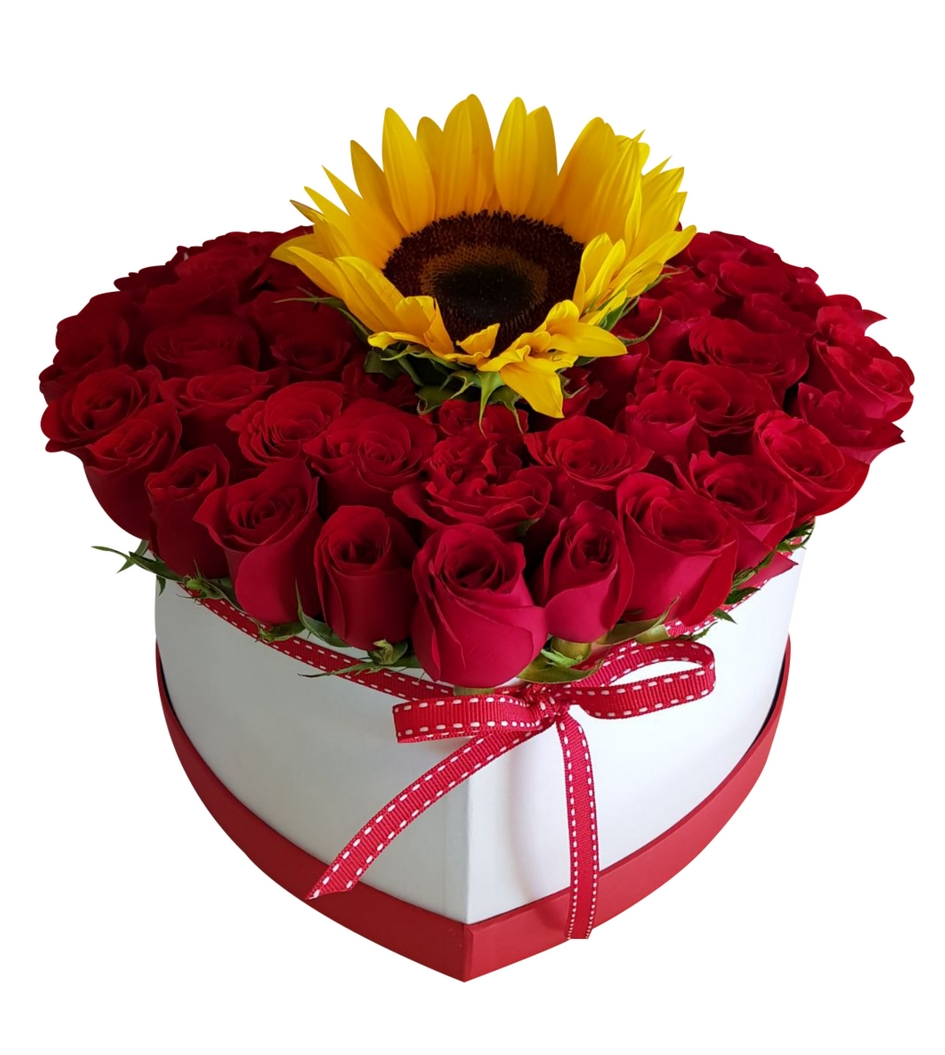 Caja De Rosas De Corazón Con Girasol